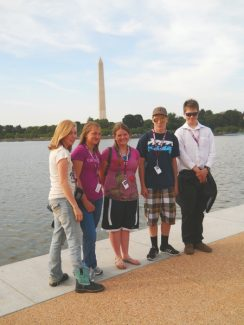 West Grand 8th Graders in Washington DC. From Left, Rebecca Dillon, Meghan Cameron, Jill Wilkenson,       Andy Volt, Thomas O'Neill .