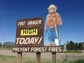 Smokey the Bear points to high fire danger in the Grand Lake area at the fire station on Highway 34 on June 28. Byron Hetzler/Sky-Hi News