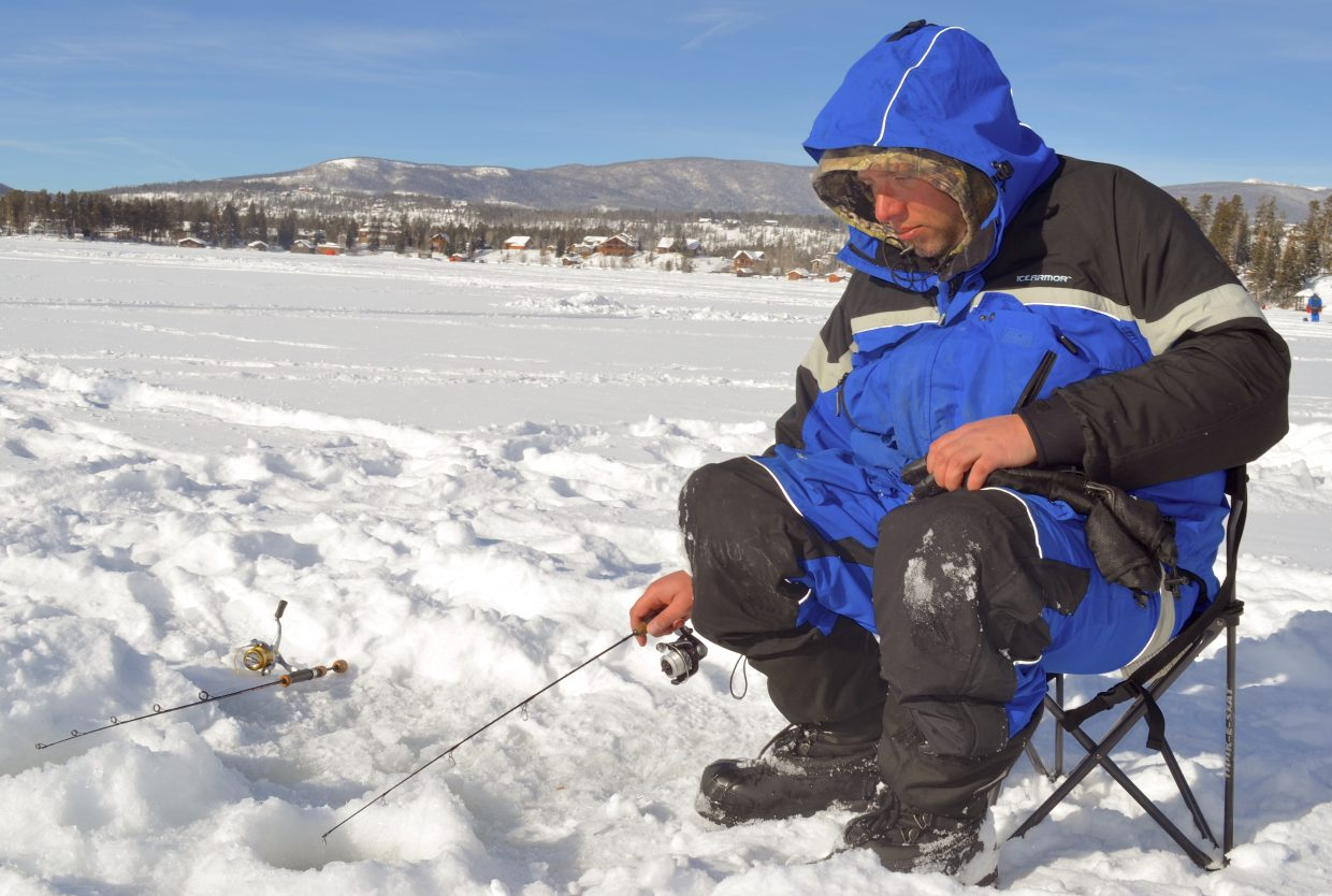 Granby chamber wraps up another successful three lakes ice for Ice fishing extravaganza