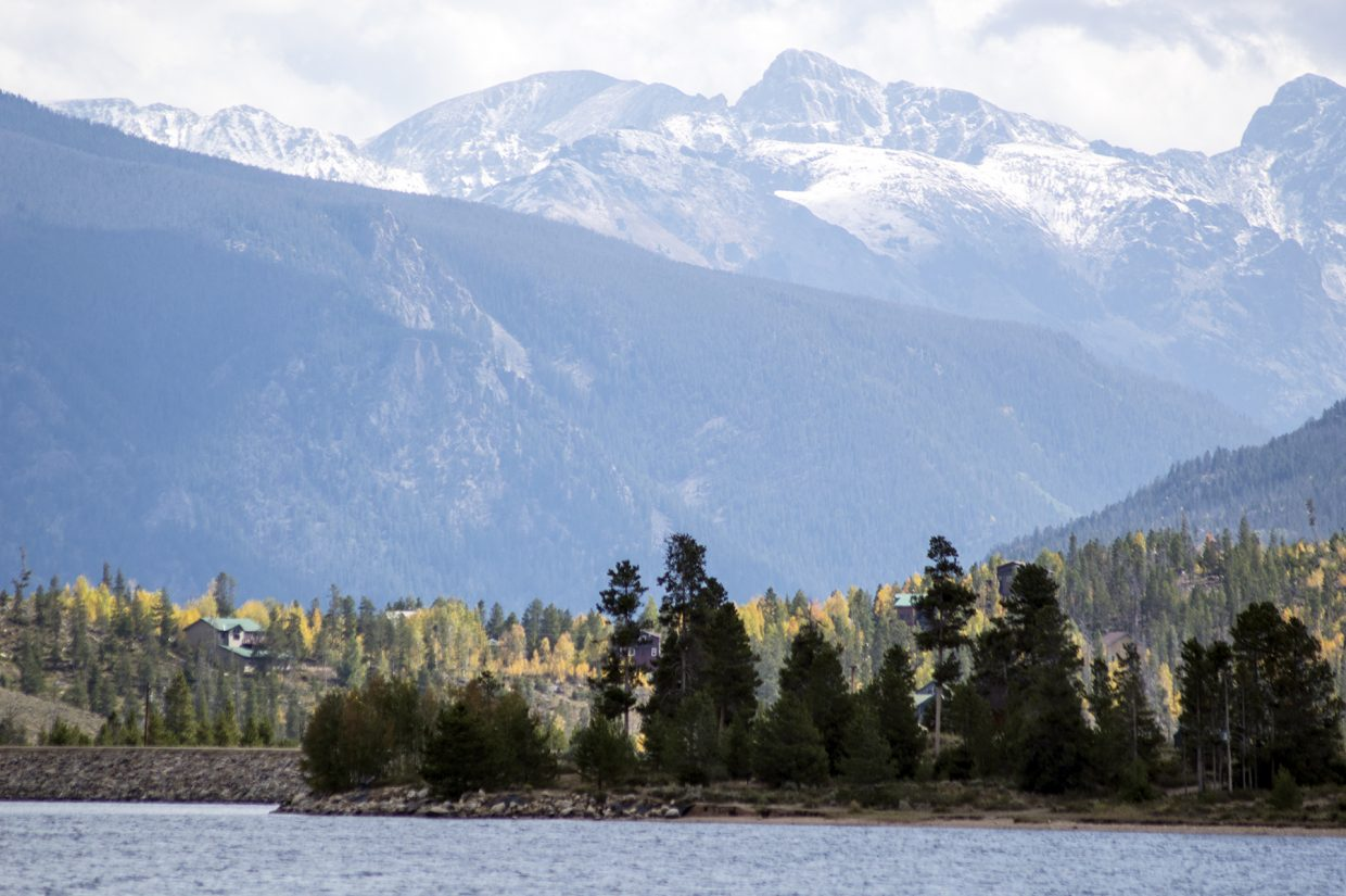 Looking east from Arapaho Bay near Grand Lake on Saturday afternoon. Photo by Bryce Martin / Sky-Hi News