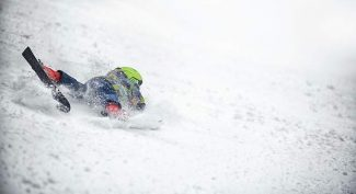 Love for skiing, snowboarding outweighs risk of serious, long-term injury for many